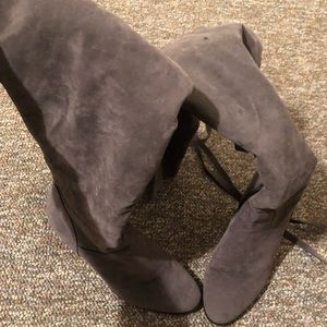 7.5 Grey Thigh Length Boots